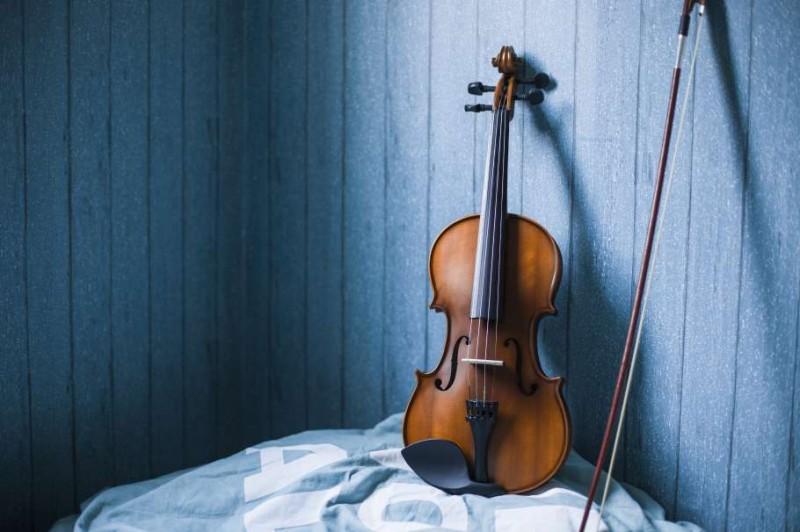 當舖收購到一把1500元的中古小提琴,沒想到竟然市值天價!